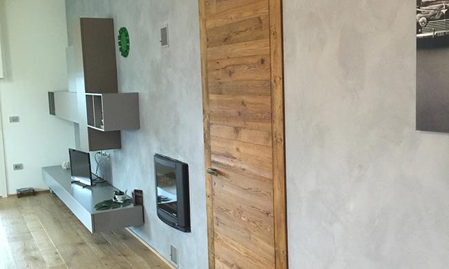 Porte interne in legno massello costruite a mano su ...